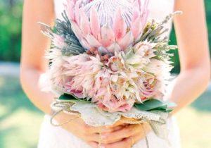 Hoa ngọc sắc làm hoa cưới